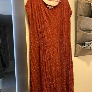 Long midi-maxi pattern dress 1X